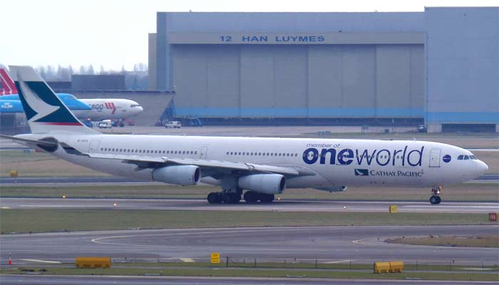 Airbus A340 Cathay Pacific / One World